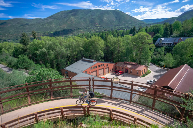 Aspen Daily News, 8-10-19, Tim Karfs WE-cycling by Craig Turpin
